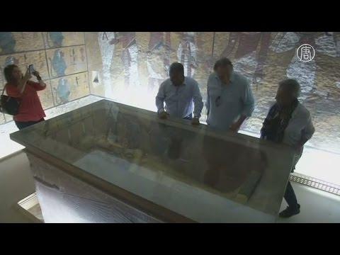 В гробнице Тутанхамона ищут могилу царицы Нефертити(новости)