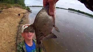 Рыбалка на Оке июль 2019 Миха меня обловил.