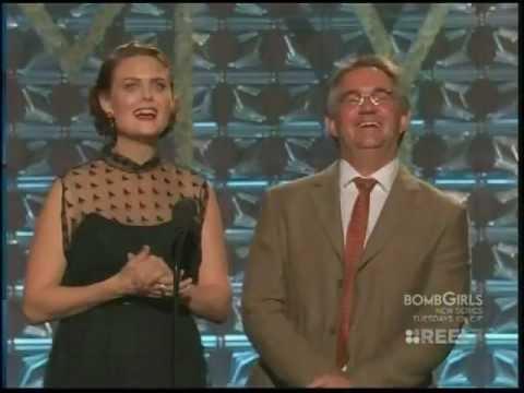 Jeremy Davies wins Emmy Award for Justified 2012