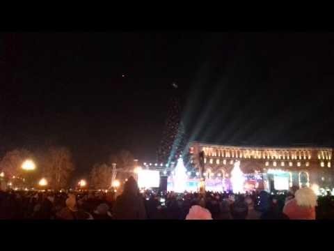 21 декабря  зажигание  елки В Армении