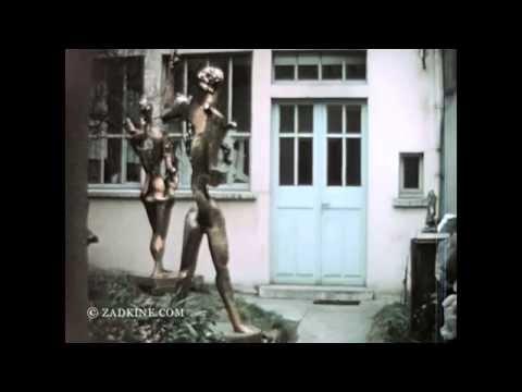 Ossip Zadkine's sculpture 'Poète' on transport