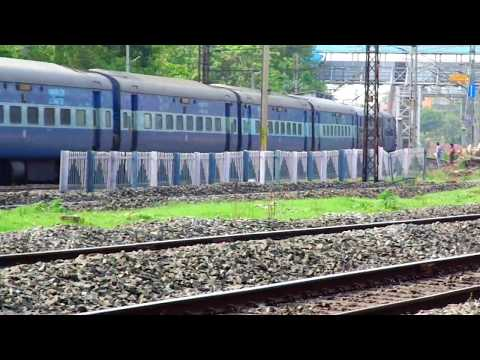 22501 KSR Bengaluru - New Tinsukia Weekly Superfast Express skips Bally curve in style