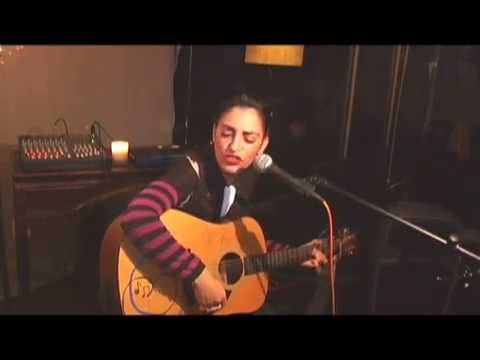 """Shirley Levi Performing """"Halah"""" by Mazzy Star"""