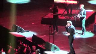 "Rick Astley en Chile ""Together Forever / It Would Take A Strong Strong Man"" Hit Parade 2014"