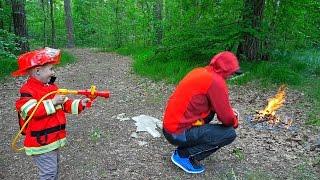 Пожарный Даник и Пожарная Машина BRUDER SCANIA 35990 - Тушим лесной пожар(Сегодня у пожарного Даника очень интересный день. Он покажет детям свою новую пожарную машину BRUDER SCANIA, кото..., 2016-06-10T16:47:59.000Z)