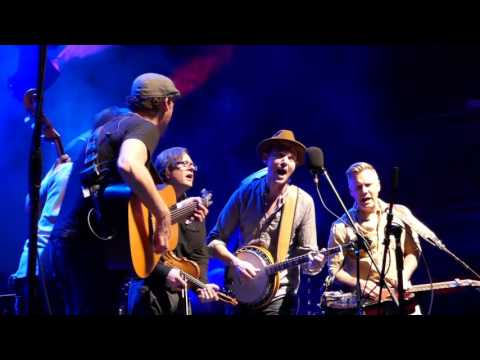 Infamous Stringdusters - Blue Ridge Cabin Home - Norfolk 4-7-16