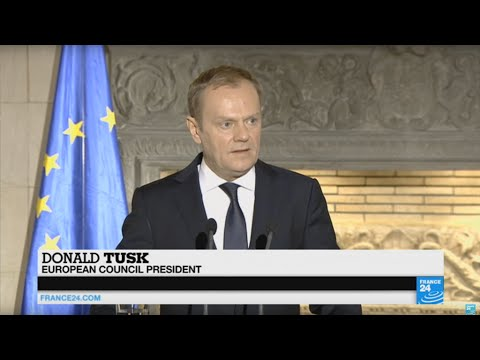 """Europe migrants crisis: """"Do not come to Europe!"""" Donald Tusk warns economic migrants"""