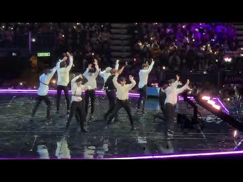 181214 Wanna One MAMA music award in Hong Kong