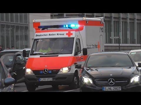 (Kaputtes Pressluft+Staudurchfahrt) RTW...