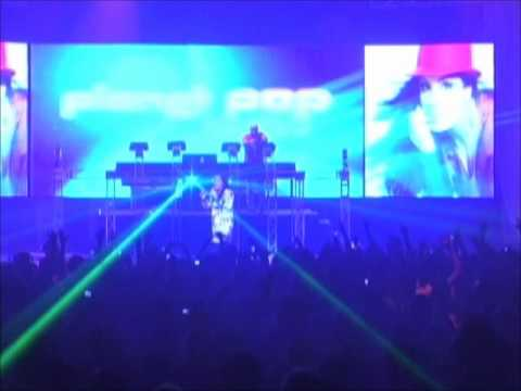 Moony - I Dont´t Know Why( Live Planet Pop Festival 2009)