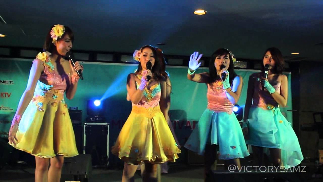 Download Mabelle - White Christmas, Jinggle Bell Rock @ BCC 20/11/2015