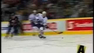 Alex Selivanov top shelf bomb vs Islanders for Oilers