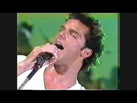 RICKY MARTIN │ Salsa y Merengue MARIA Brazil