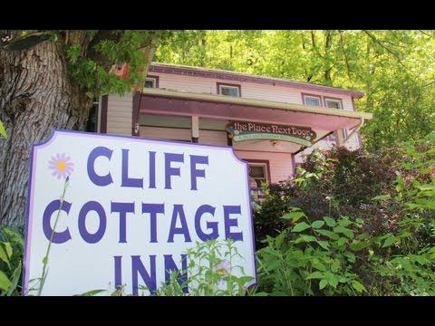 Cliff Cottage Inn - Luxury B&B Suites and Historic Cottages in Eureka Springs, Arkansas