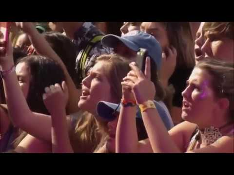 Hold Me Down  - Halsey live at Lollapalooza Chicago 2016