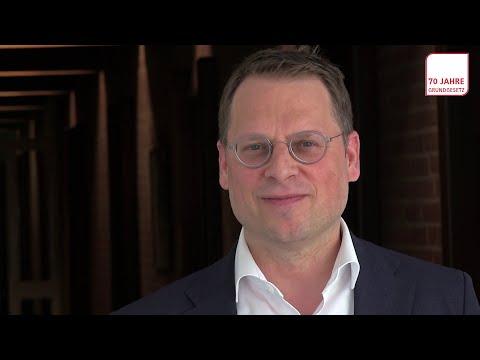BilMoG - Expertengespräch bei C.H. Beck from YouTube · Duration:  3 minutes 44 seconds