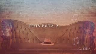 Dios Esta Aquí - Cindy Barrera  (Lyric Video Official)