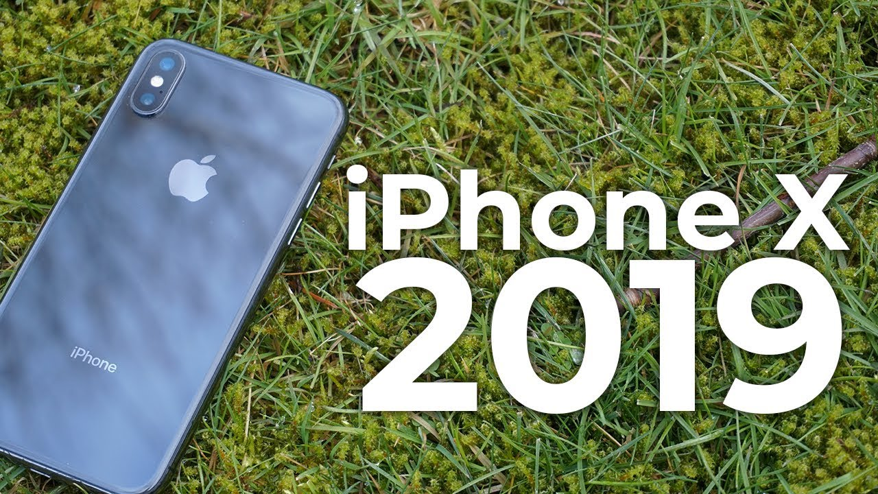 iPhone X in 2019 - worth buying? (Review)