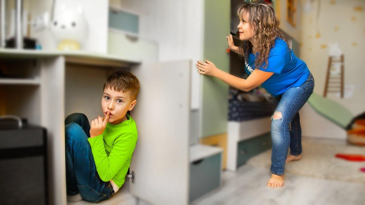 Кто Лучше ПРЯЧЕТСЯ ?! Серёжа и мама 24 часа играют в прятки в доме !