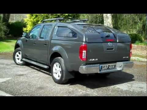 Nissan Navara 2 5 DCi Aventura Automatic 2008 08 Grey with Sports Top