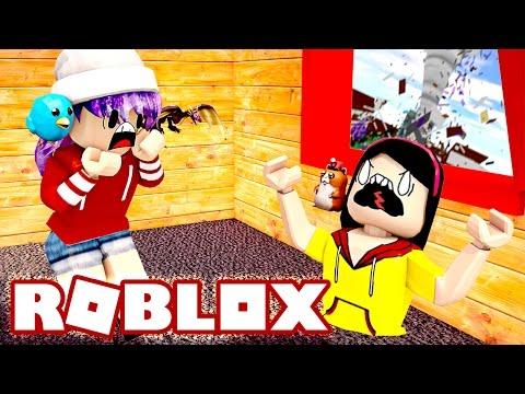 The Floor Sucked Me In!! - Roblox Survive The Natural Disasters With Audrey - DOLLASTIC PLAYS!