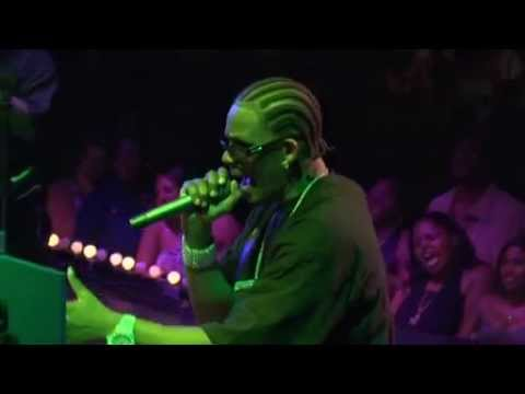 R.Kelly - Slow Wind -  .Live in The Light It Up Tour