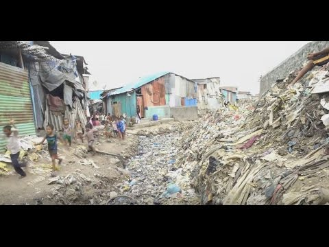Rhythm of Life in the Slums of Mumbai
