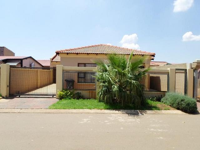 3 Bedroom House For Sale In Protea Glen Soweto Gauteng