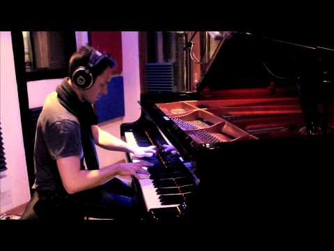 "Vivian Roost - Recording ""Les Flocons"" in studio"