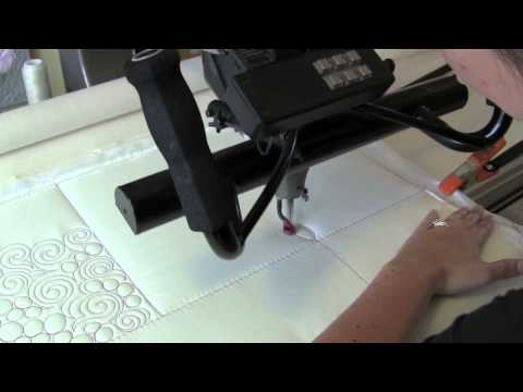 How to Machine Quilt with Natalia Bonner of Piece N Quilt - Fat Quarter Shop