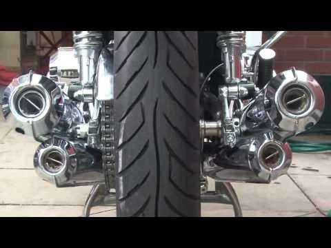Suzuki Kawasaki 750cc two stroke sound