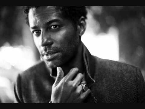 Karaoke Love Don't Love Me - Video with Lyrics - Eric Benet