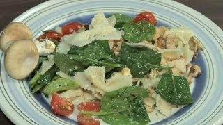 Spinach, Mushrooms, Walnuts & Bow Tie Pasta Salad : Growing Mushrooms