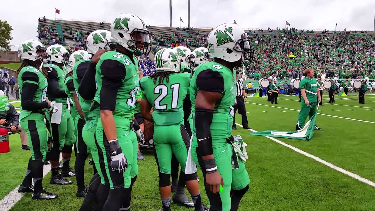 Marshall Thundering Herd takes the field - YouTube