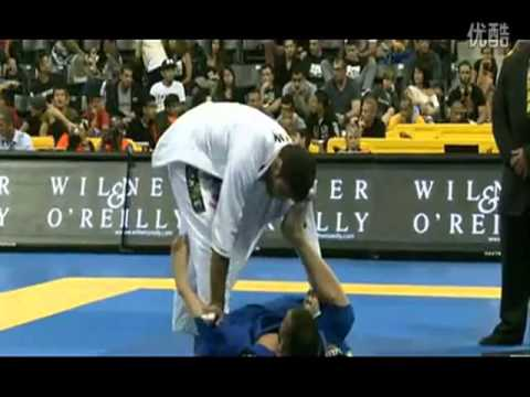 Leandro Lo  vs Michael Langhi 2013 Worlds BJJ