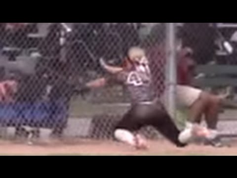 18u Firecracker 1st Base Foul Ball Dive into Fence: Surf City Softball Showcase Burrow Class of 2017