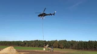Waldkalkung per Helikopter Haltern - Befüllen der Streubüchse