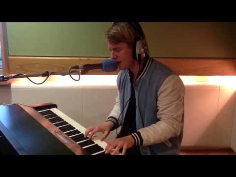 Tom Odell - Another Love live on Chris Evans Breakfast Show