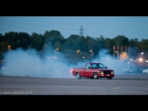 Criminal cruising meet 13.9.2013 Helsinki, skyline - subaru impreza burnout, bagged vw's, drifters
