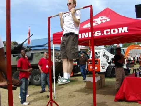 25 chin ups at the marines state fair booth not pull ups youtube