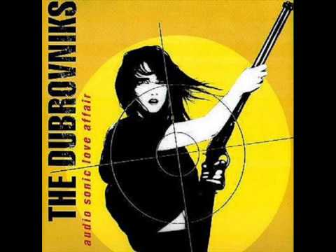 THE DUBROVNIKS  - Something's Not Right In This World