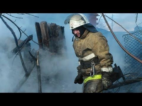 В Копейске работает девушка-пожарный