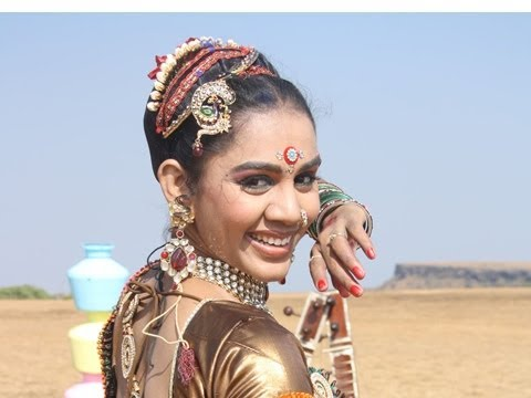 Lavni Dancer Vaishali Jadhav Crowned Winner Of
