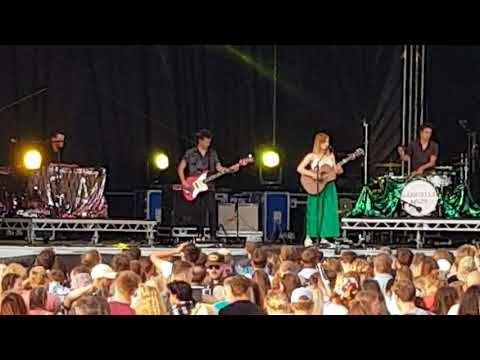 Gabrielle Aplin @ Tunes in the dunes. Please don't say you love me.