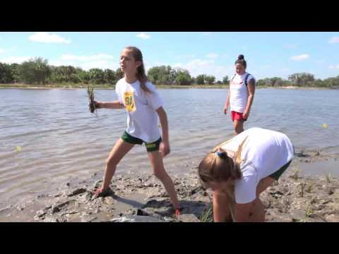 Students Volunteer at Rock Ponds Ecosystem Restoration Project