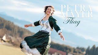 Petra Mayer - Fliag (Official Video)