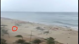 Waterspout hits crowded beach in Brazil!!!