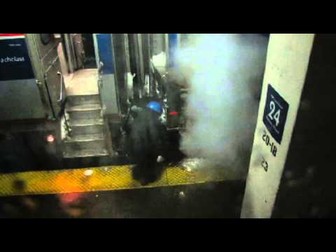 Thumbnail: How Amtrak Cleans off Snow and Ice