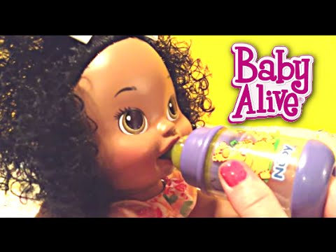 Baby Alive Snackin Sara Doll Eats Real Baby Alive Food