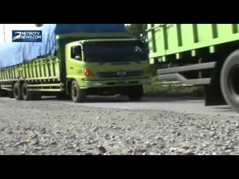 Jalan Lintas Sumatera Bakauheni Bandar Lampung Rusak Parah